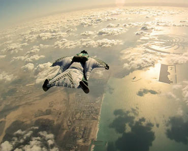 wingsuit-flyers